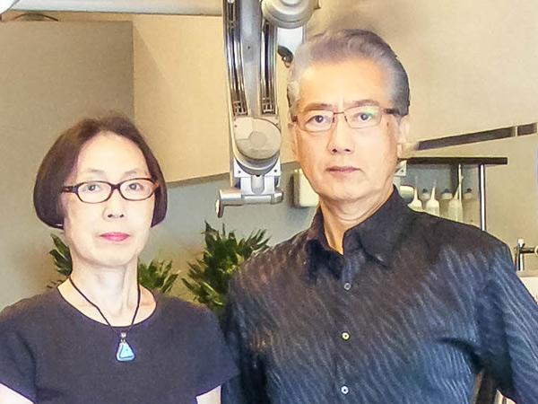 縮毛矯正専門美容院トゥインクルへアーは夫婦2人で運営しています。